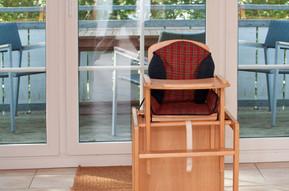 Je nach Bedarf haben Sie während Ihrer Urlaubstage die Möglichkeit, je ein HAUCK - Kinderreisebett und einen Kinderstuhl kostenfrei zu nutzen.