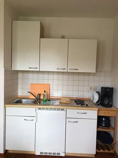 44._Whg._5_Küchenzeile.JPG