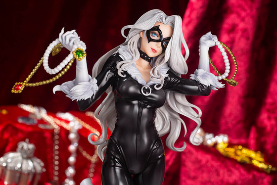 Black Cat Steals Your Heart Bishoujo Statue Now Available for Pre-Order!!