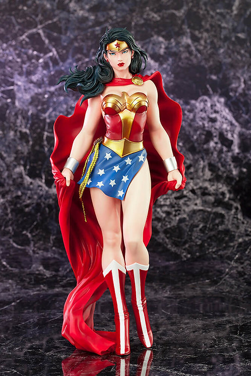 Wonder Woman ArtFX Statue (Reproduction)