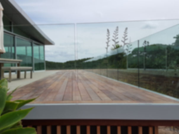 Glass-Vice-Clearline-Balustrade-4.jpg