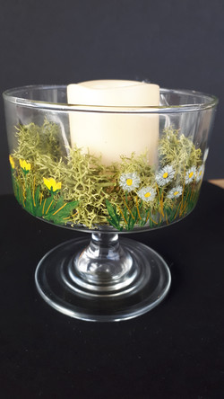 Daisy and buttercup dish