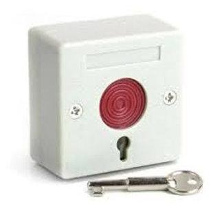 Pulsador de emergencia. Normal abierto / Normal cerrado con retención. 12-24v.