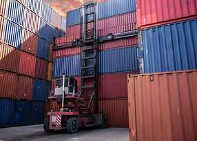 container-yard-logistic_28668-32 (1).jpg
