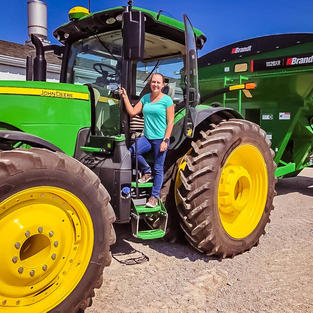 2020--8345R with grain cart for John Deere Project