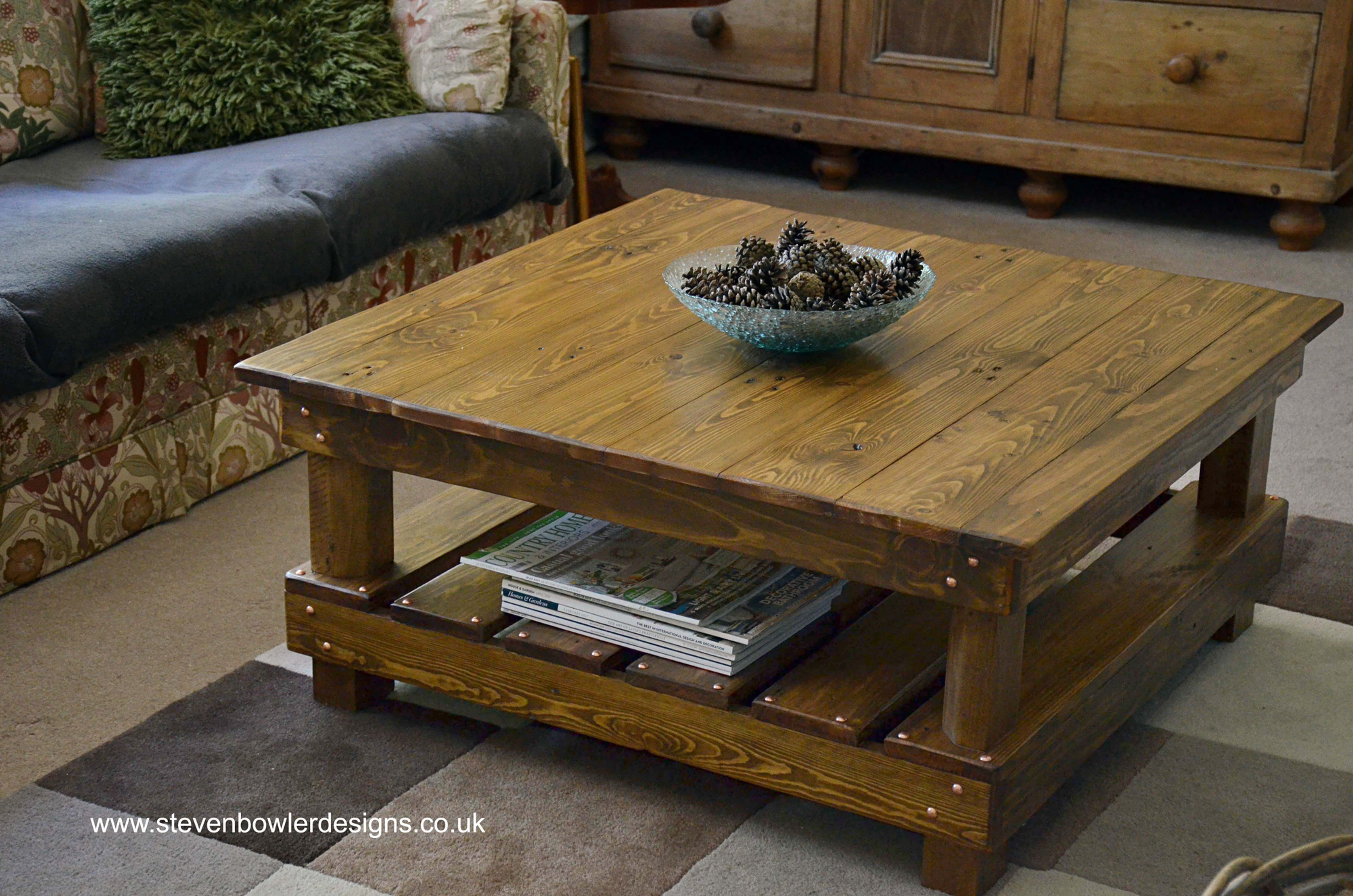 Country Cottage Reclaimed Wood Coffee Table Medium Oak Stain Undershelf Storage