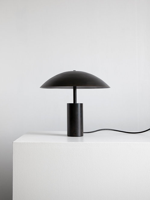 ARUNDEL M1 TABLE LAMP