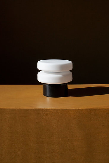 PUCK TABLE LAMP LOW