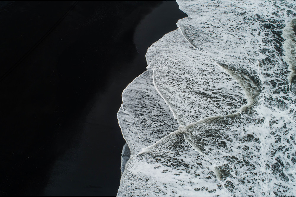 Beware sneaker waves at the black sand beach in Iceland