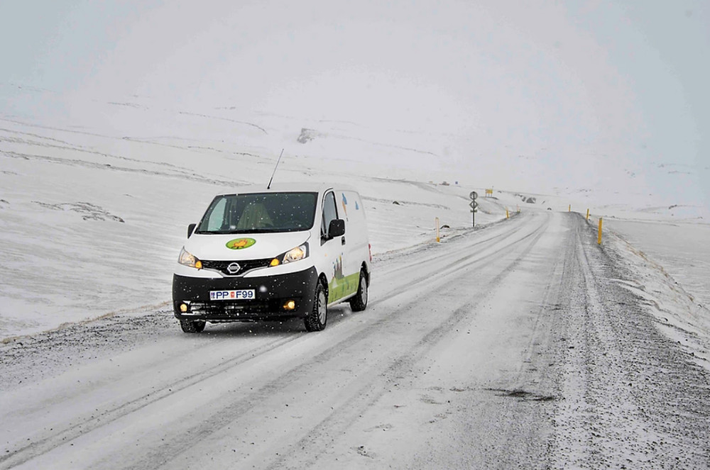 Iceland driving safely in winter