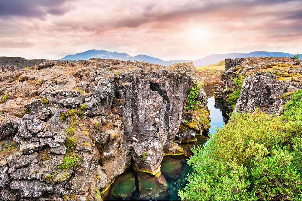 How expensive is Iceland? Thingvellir Park free activities