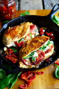 sundried tomato stuffed chicken