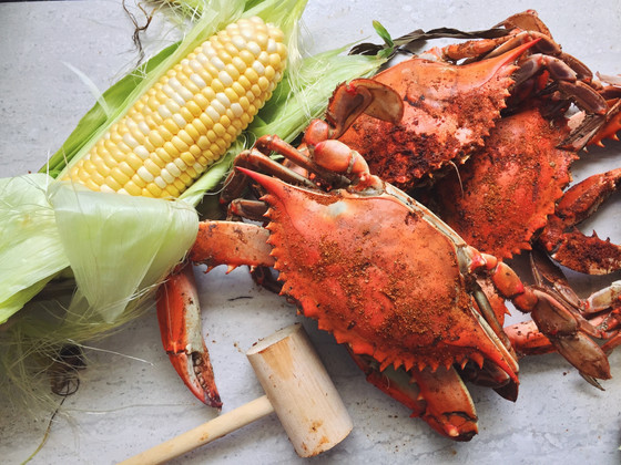 Monday Night Crab Feast! (2017) Hosted by: Tondria Simon & Phil Allen