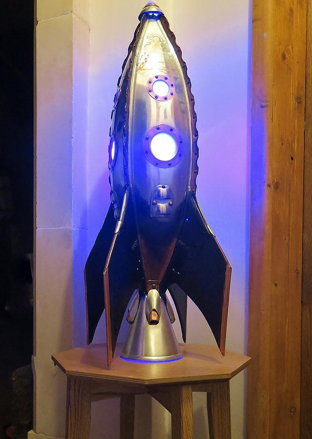 Foxcovet Rocket Lamp