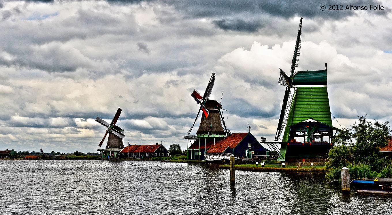 Cloudy afternoon in Zaanse Schans