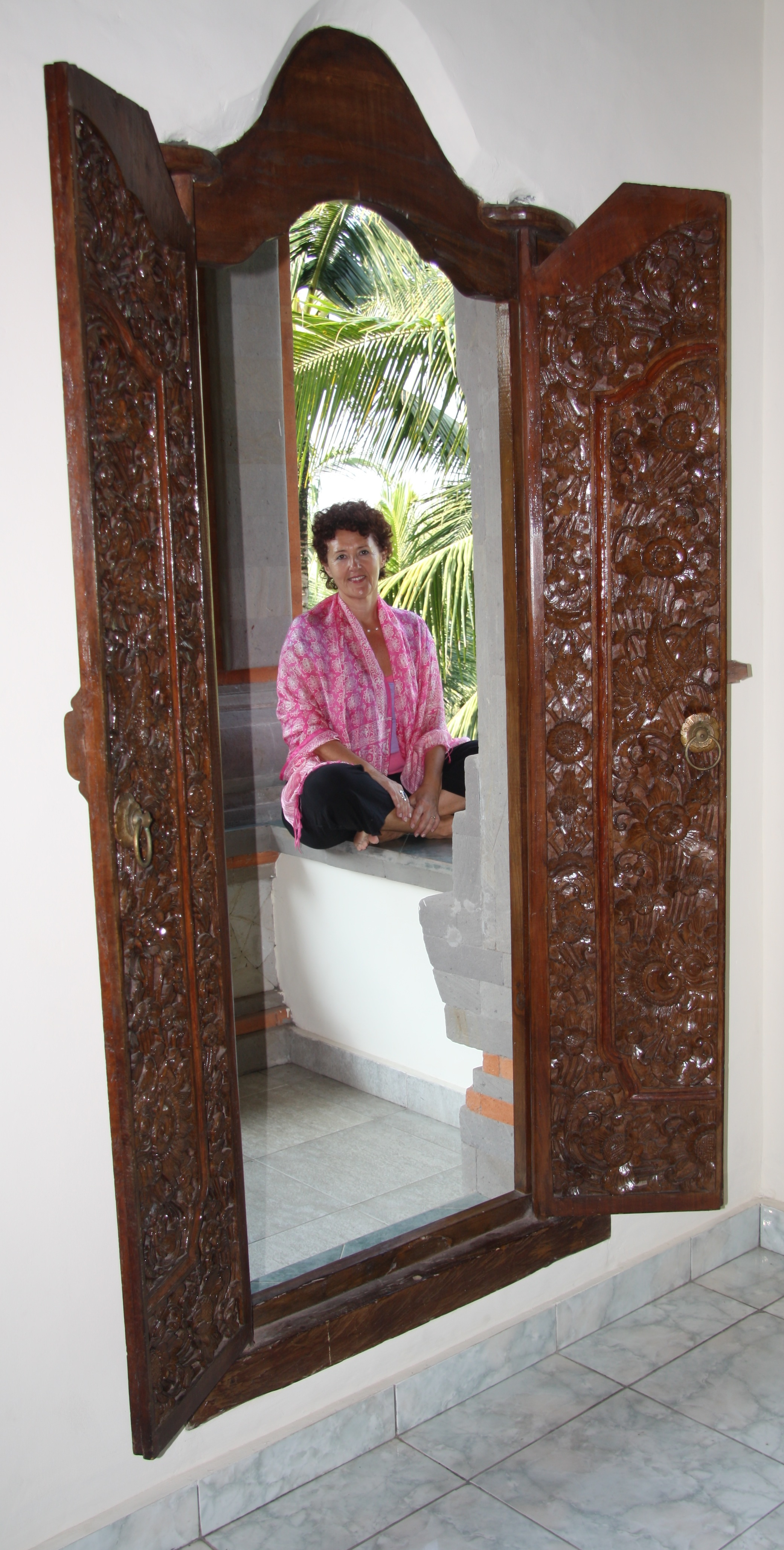 JK in Yoga room.JPG