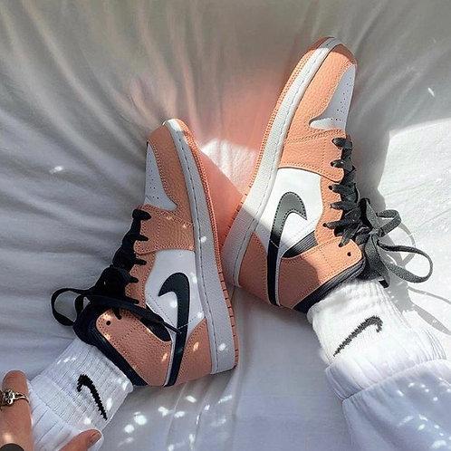 Nike air Jordan 1 pink quartz