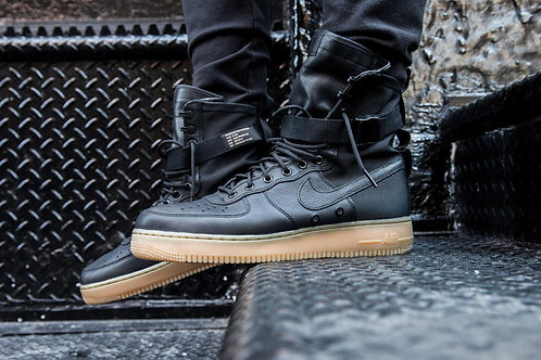 Nike air force special field