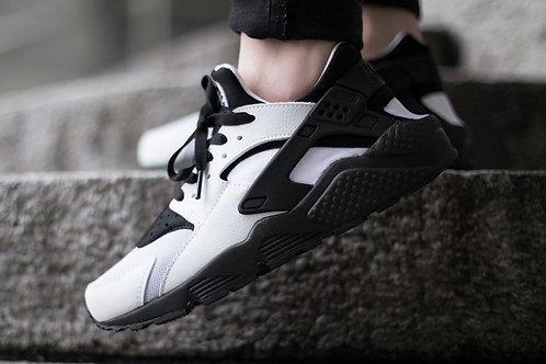 Nike air huarache бело-черные