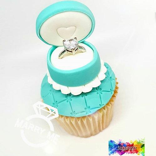 Ring Box Cupcake