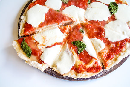 Authentic-Margherita-Pizza-Crust.jpg