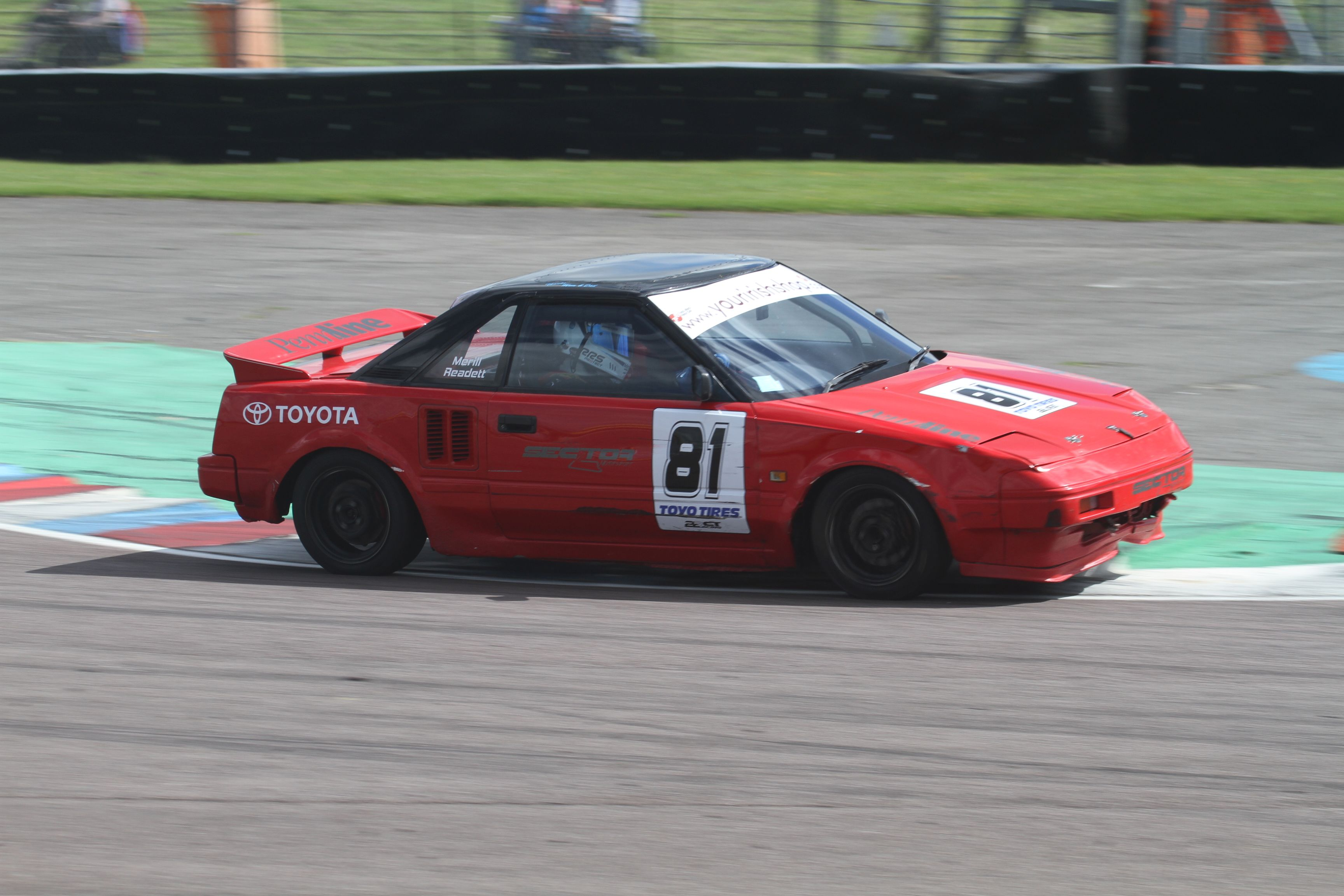 2016 Thruxton MR2 Race 2 99_zpswyxz12xk