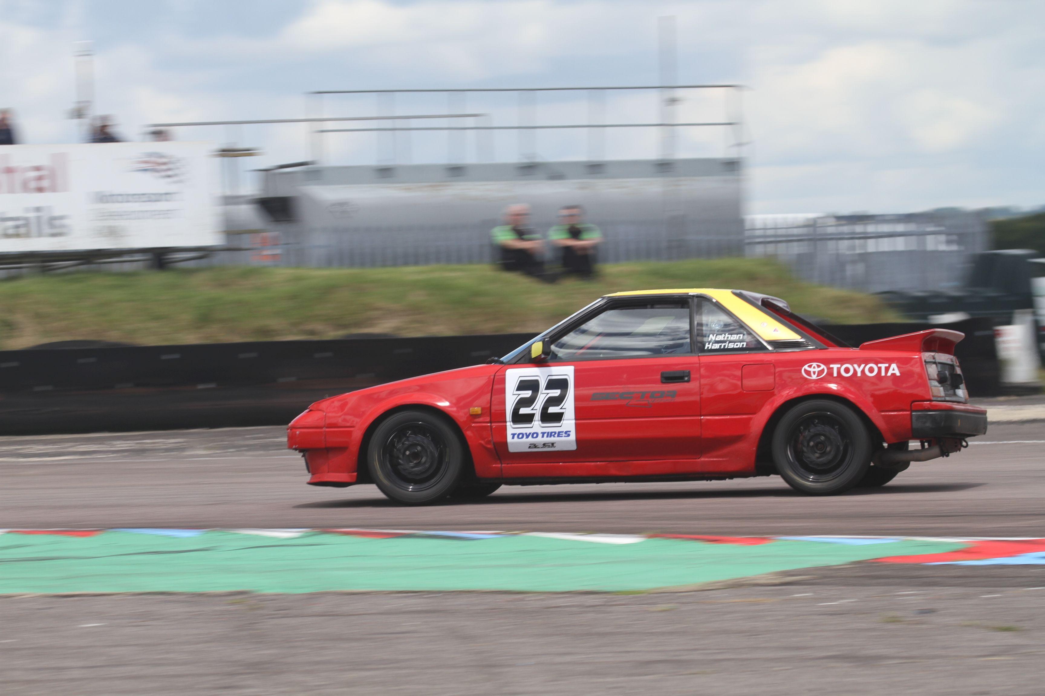 2016 Thruxton MR2 Race 1 82_zpsfm9ls2sf
