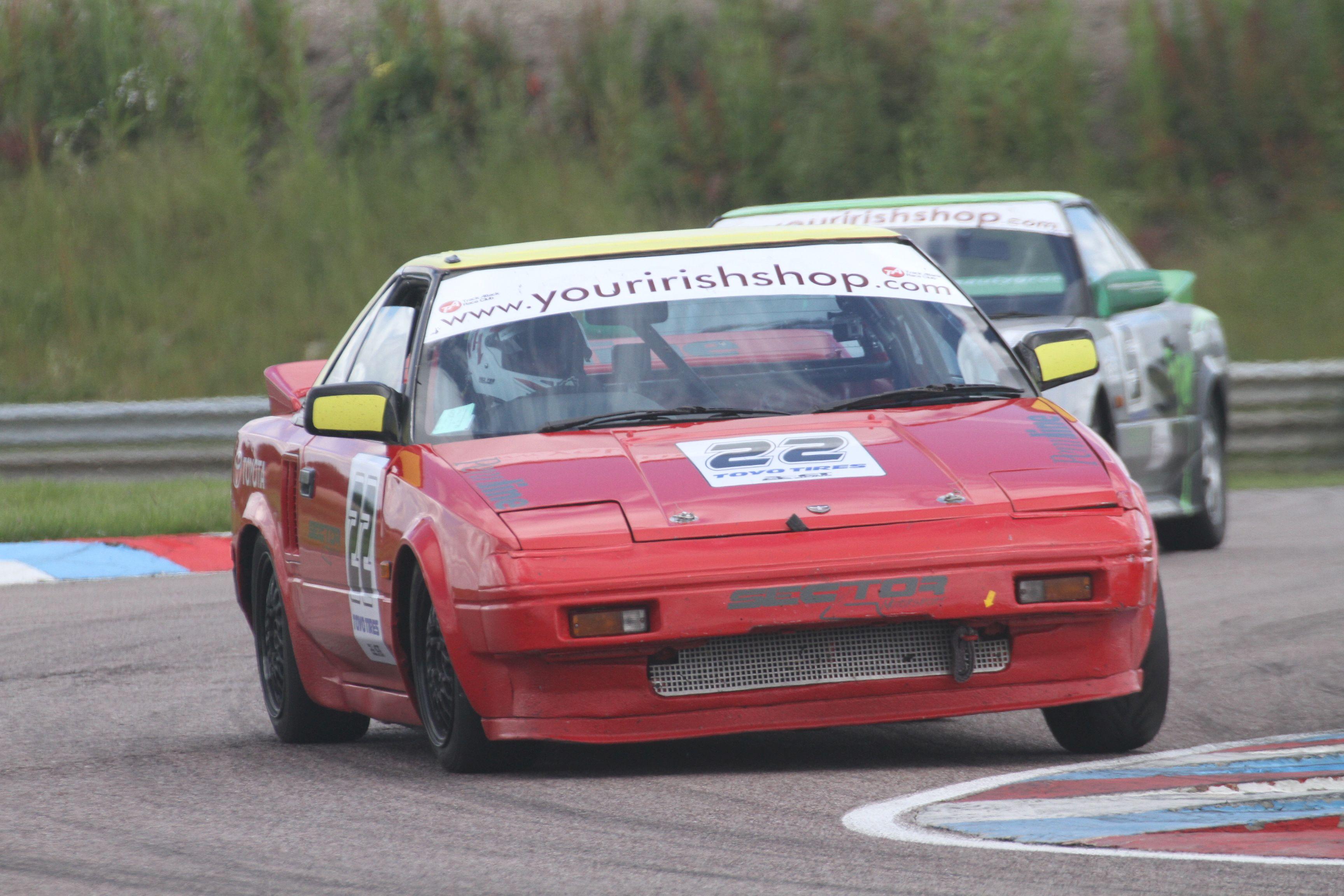2016 Thruxton MR2 Race 2 53_zpsbjwjawat