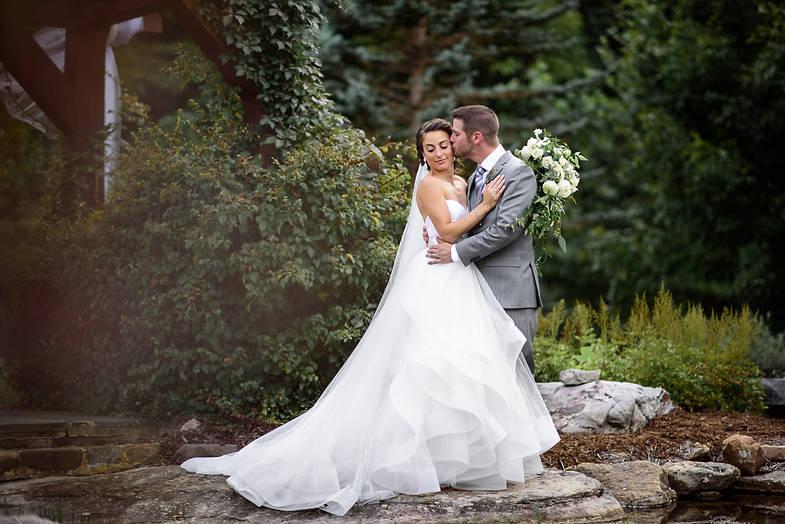 Wedding photos in Richmond   Marek K. Photography   Natural light wedding portraits with Nikon 85mm 1.4g at House Mountain Inn