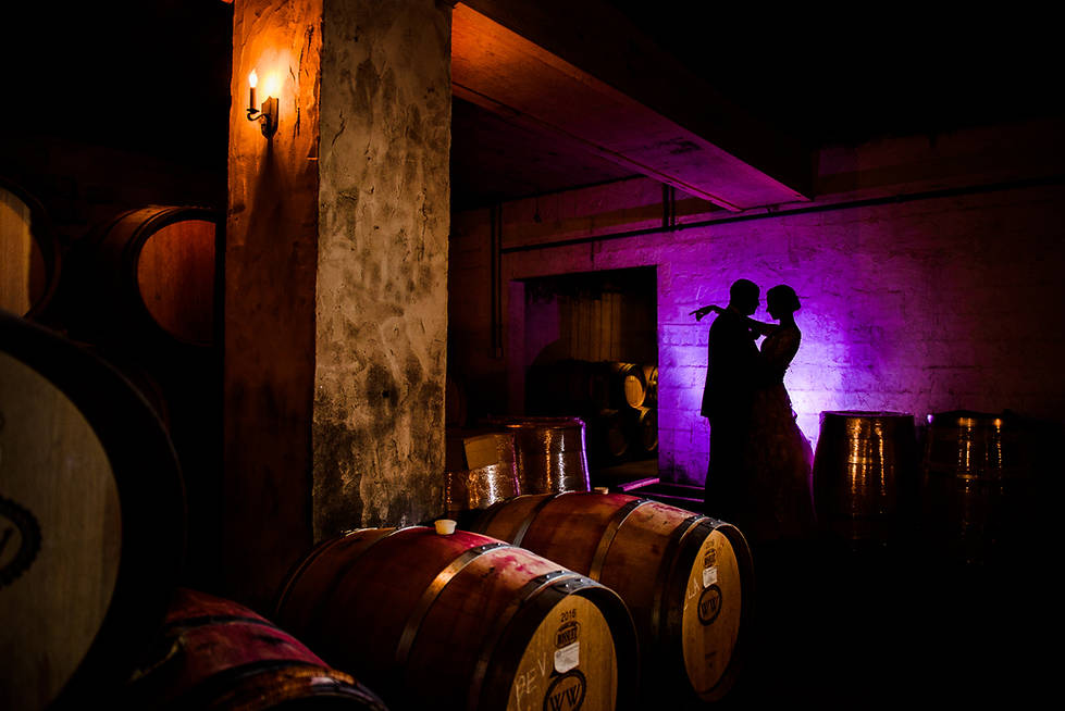 Williamsburg winery wedding photo by marek k photography with off camera flash