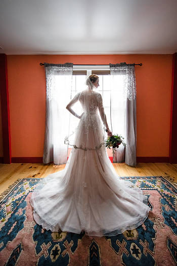 Williamsburg winery bridal portrait by marek k photography