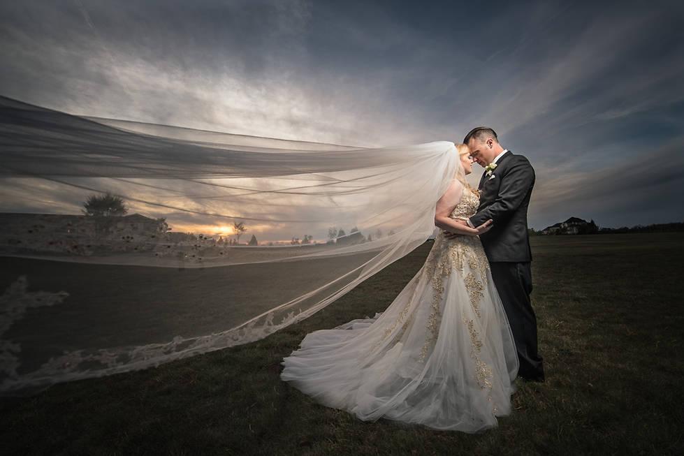 Amazing wedding photographers | Richmond wedding photographer | Marek K. Photography | Off camera flash wedding photography