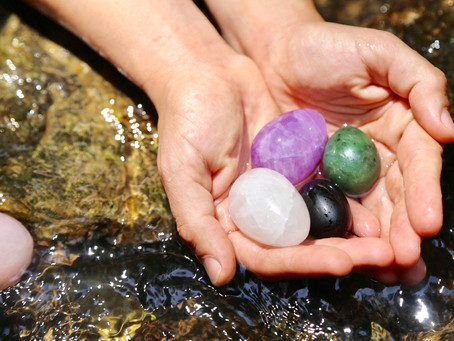 The Best Intentions: Using Stones & Crystals for Manifestation, Meditation and Goal Setting
