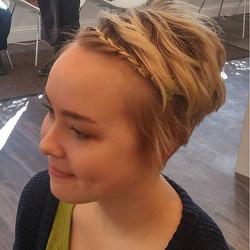 #braidsarenotjustforlonghair #naturalbeauty #elenialexandersalon #americansalon