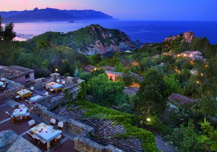 Ristorante MONTE TURRI tra le 10 più belle tavole e terrazze d' Italia