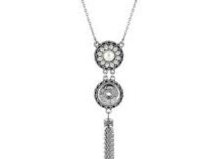 1 Snap Tassel Necklace
