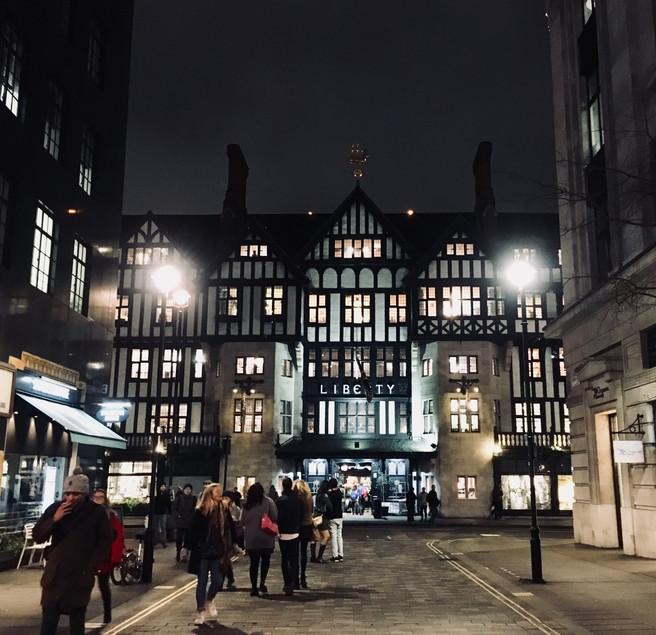 MINI TOUR PELA LIBERTY OF LONDON