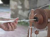 hand-spinning-2.jpg
