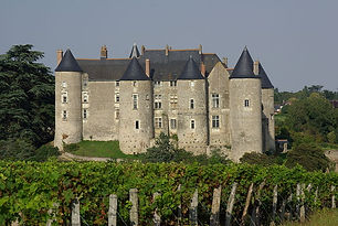 800px-Castle_of_Luynes_2_(37).jpg