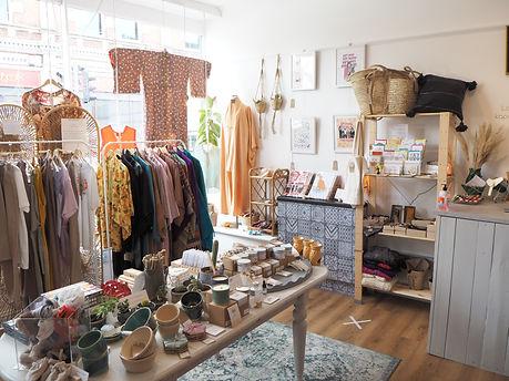 Kapada Vintage Shop Inside