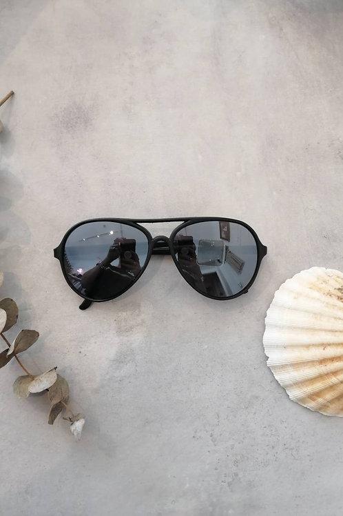 Vintage Black Aviator Sunglasses
