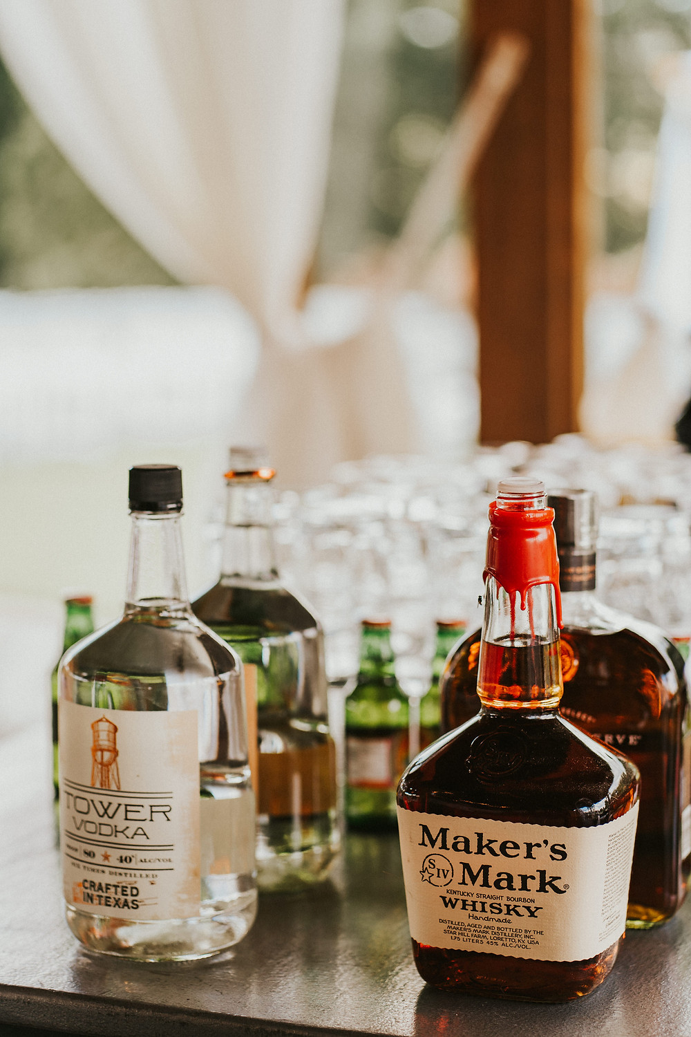 wedding reception decor details, drink station