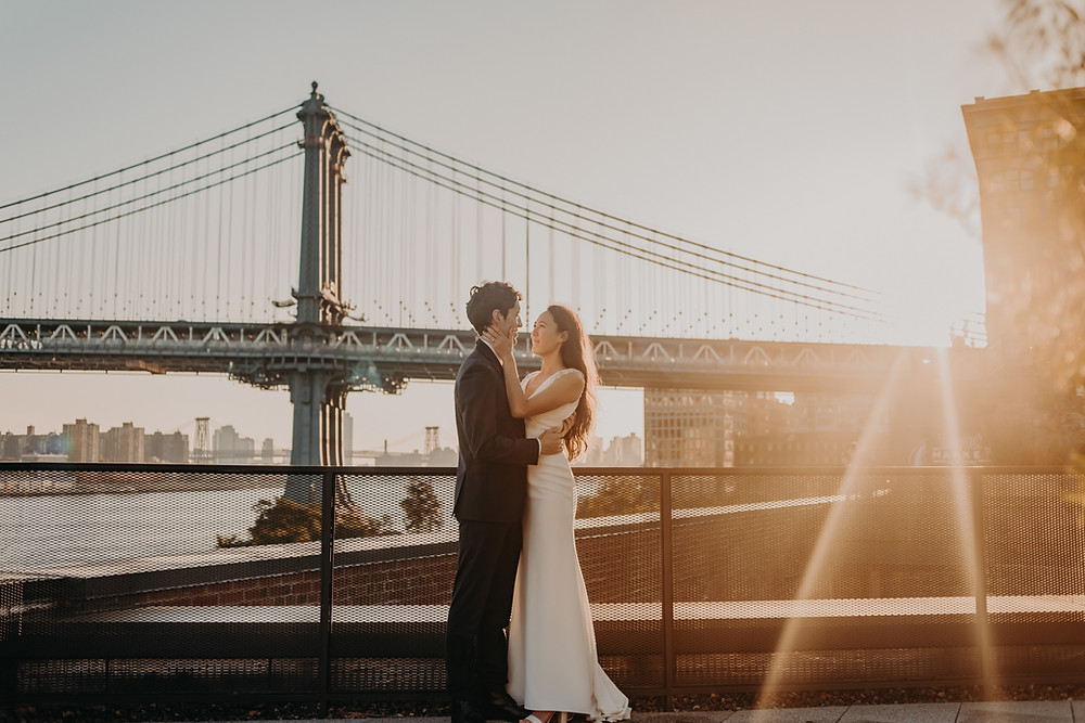 Couple's Bridal session at sunset at Brooklyn Bridge New York