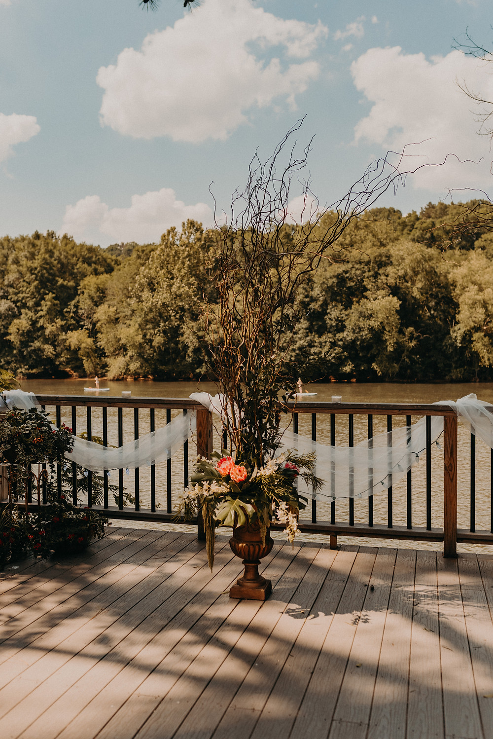 Roswell River Landing decorated for a wedding