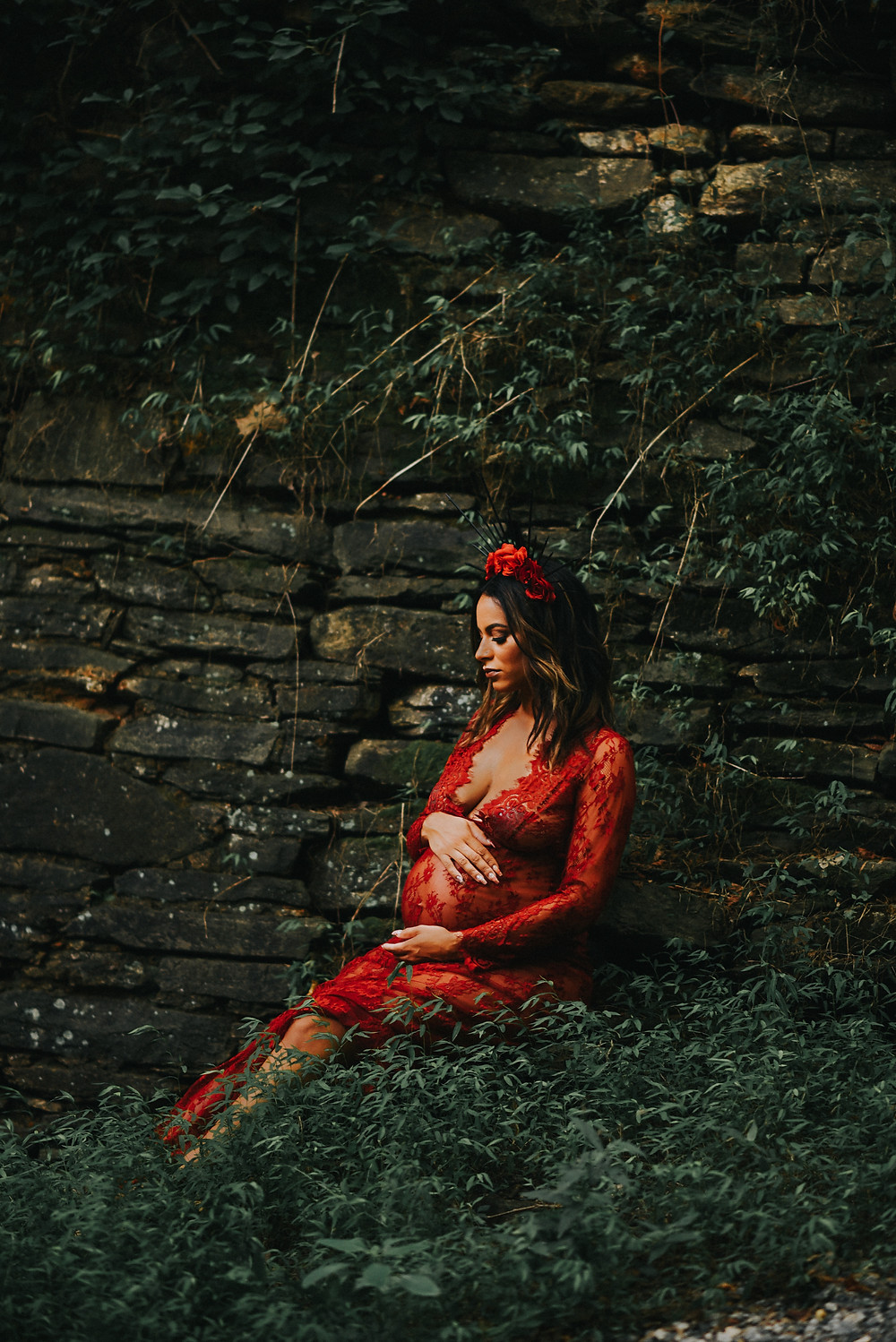 Maternity session at roswell old mill park