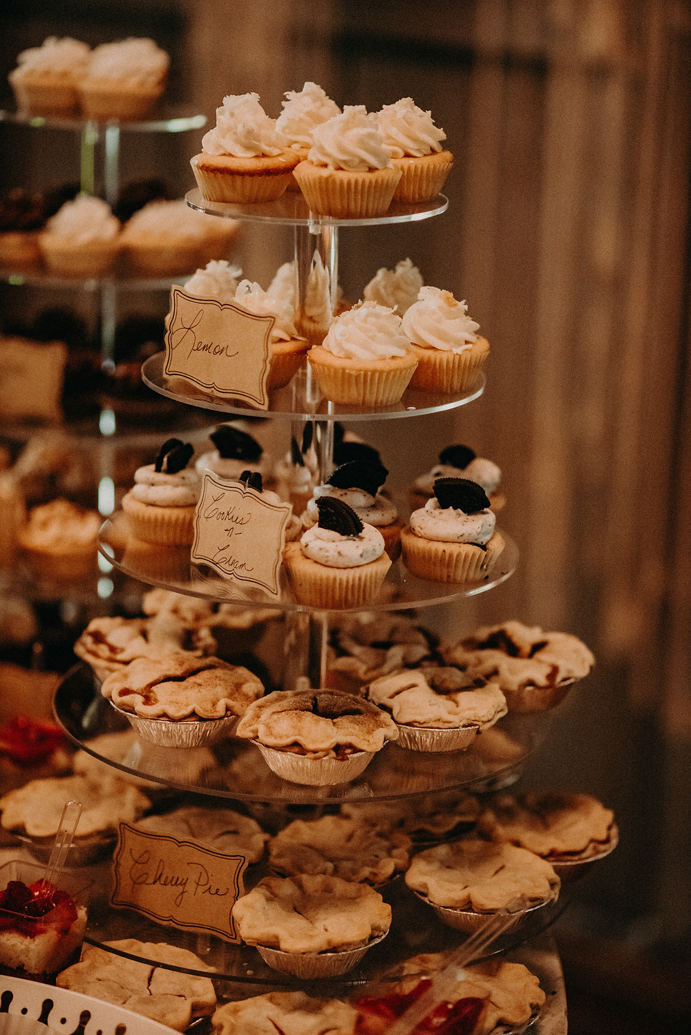 Wedding reception cupcakes