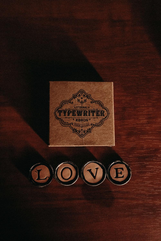 wedding favors. Vintage Typewriter Key Magnets