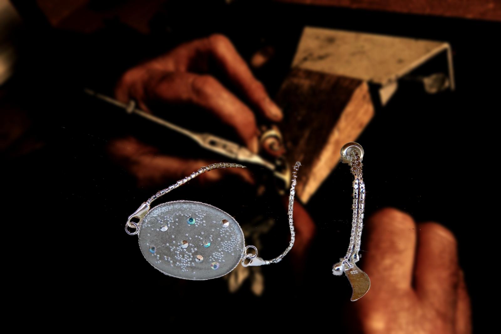 fabrication-bijoux-artisanaux-bracelet-a