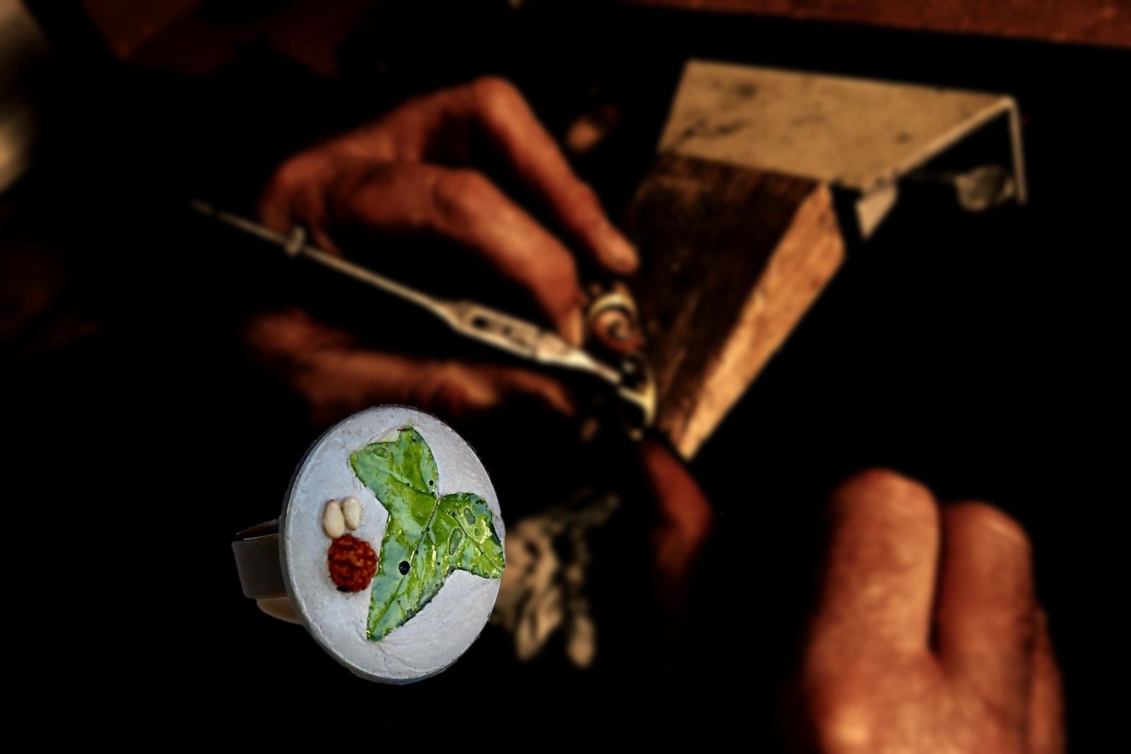 fabrication-bijoux-artisanaux-bague-feui