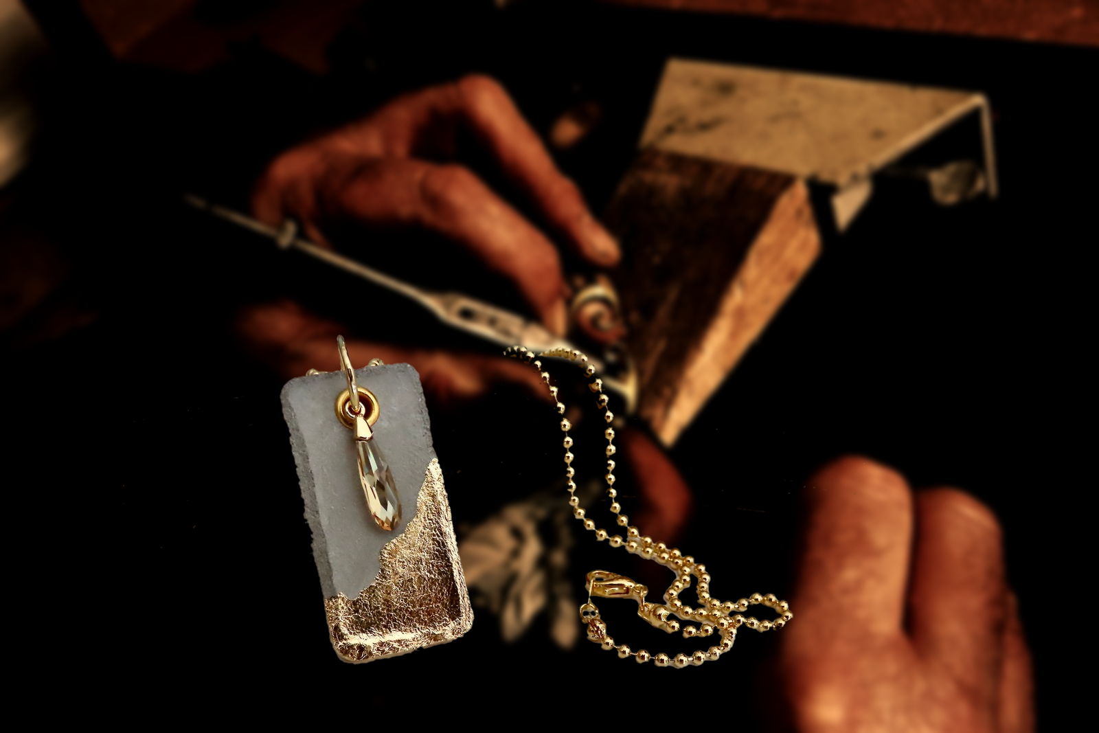 fabrication-bijoux-artisanaux-collier-or
